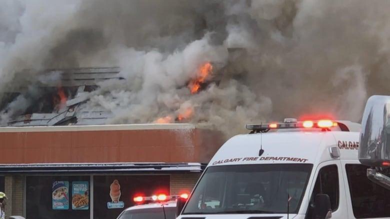 Fire destroys Dairy Queen in north Calgary