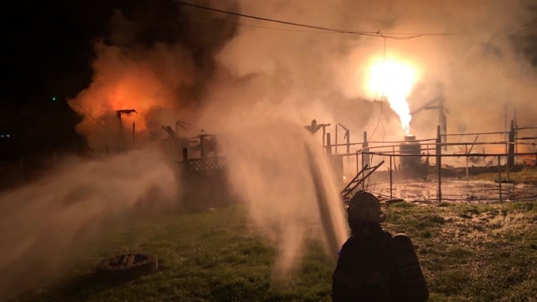 4 injured, homes destroyed in fire on Songhees Nation