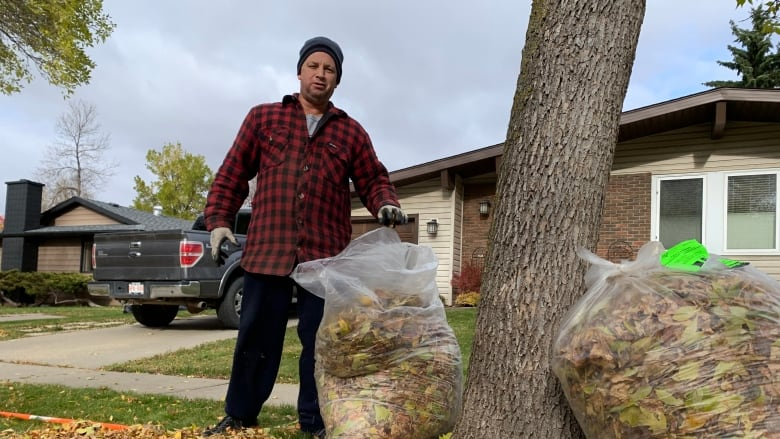 City of St. Albert believes new approach to yard waste disposal is on the right track