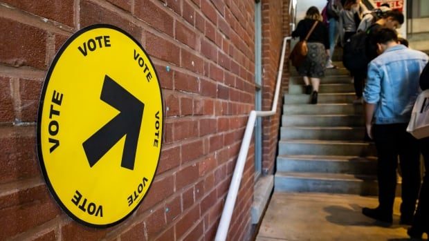 OPINION | I don't live in Canada anymore. I shouldn't have the right to vote in its elections | CBC News