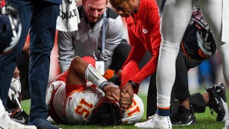 Mahomes-injury