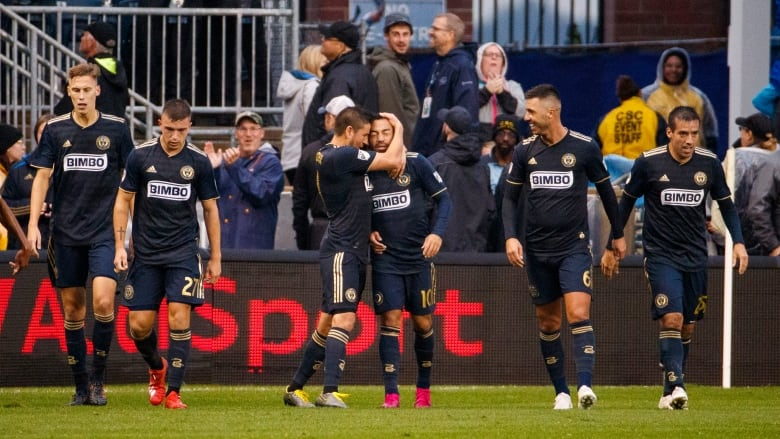 Union eliminate Red Bulls to earn 1st franchise playoff win