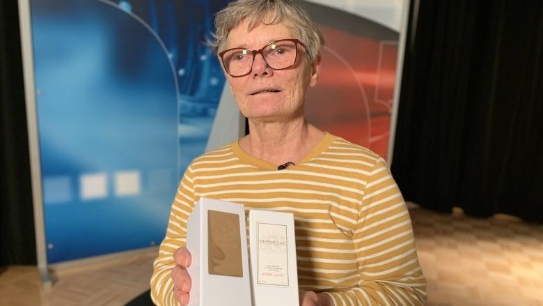'I can't afford this': Senior raises alarm over skincare kiosk sales tactics