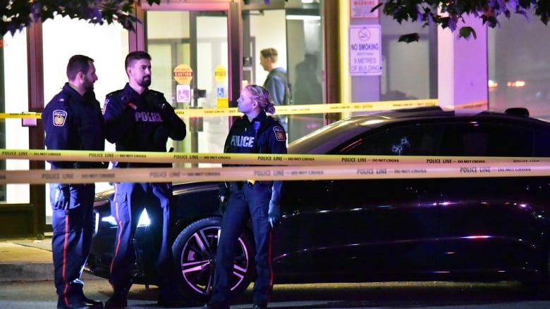 2 charged in 'premeditated' fatal shooting outside Mississauga apartment