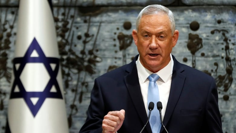 Israeli ex-army chief Benny Gantz given mandate to form next government