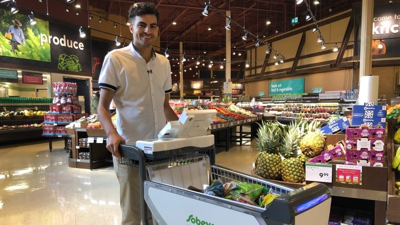Sobeys unveils Canada's 1st smart grocery cart, promising a 'frictionless' shopping experience