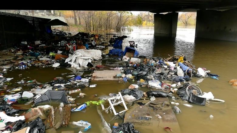 From fire to flood: Winnipeg homeless community displaced by rising water levels