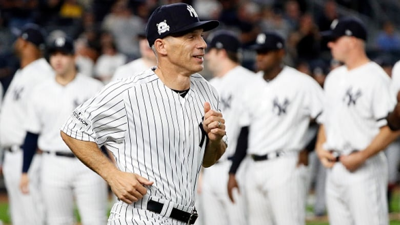 Phillies agree to hire Joe Girardi as manager