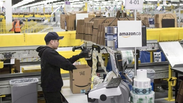 Amazon to open new packing, shipping warehouse in Lachine - CBC.ca