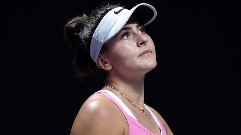WTA Finals: Elina Svitolina defeats Simona Halep to reach the semifinals