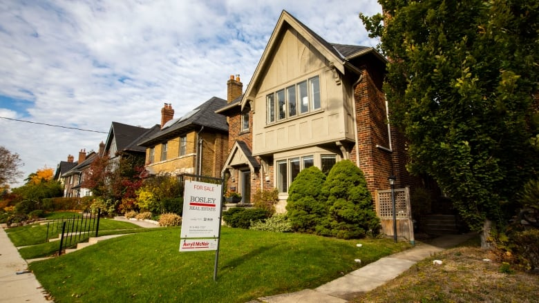 Growing push to tax both vacant, luxury homes during city's budget process