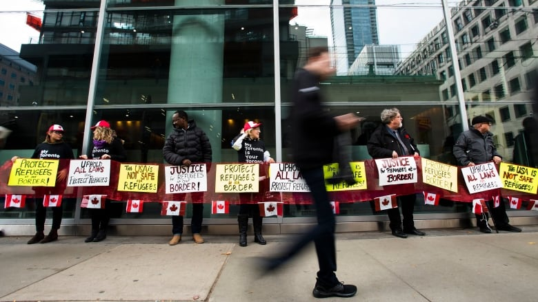 New Federal Court Decision Should Be >> Federal Court Hears Case On Whether Asylum Agreement With