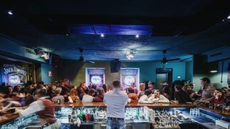 Bartenders generic