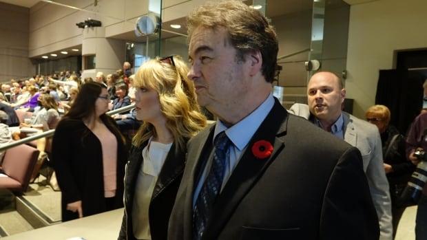 Ottawa city council demands Chiarelli's immediate resignation