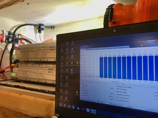 David Elderton's Tesla Battery Setup