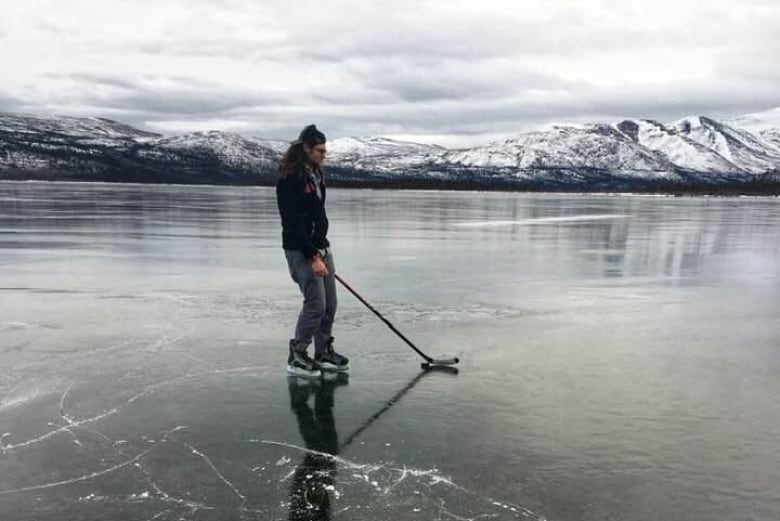 Heading to the lake for some shinny this winter? New study finds more children dying due to unstable ice