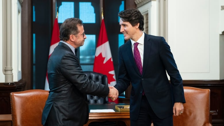 Trudeau meets with BQ's Blanchet as part of pre-Parliament planning