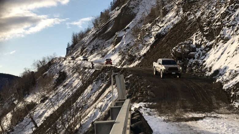 Road to Telegraph Creek, B.C., partially re-opened after rock slide