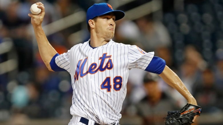 Mets' Jacob deGrom wins second straight NL Cy Young