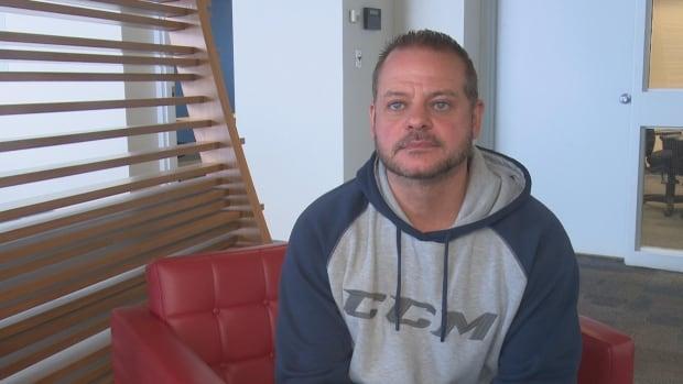 Windsor minor hockey coach suspended pending investigation