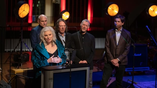 Cowboy Junkies' Margo Timmins calls out sexism in the music industry - CBC.ca