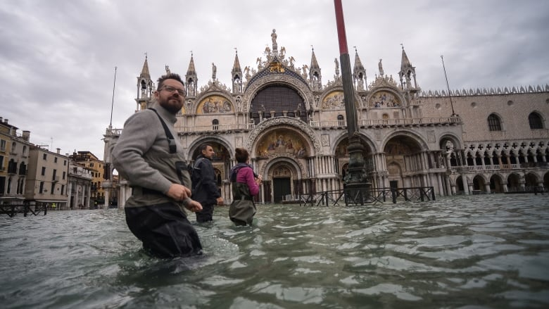 Venice flooded again 3 days after near-record high tide