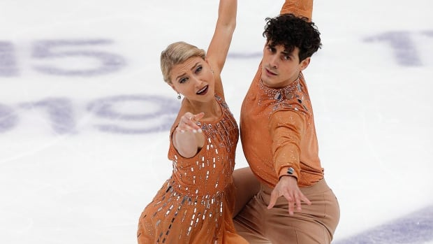Toronto pair collect ice dance silver at Grand Prix of Russia