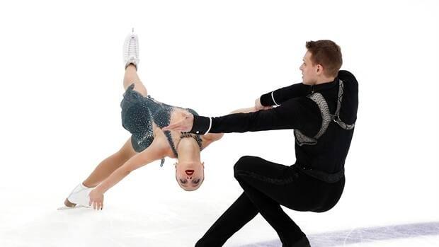 Boikova and Kozlovskii take pairs free skate in Russia