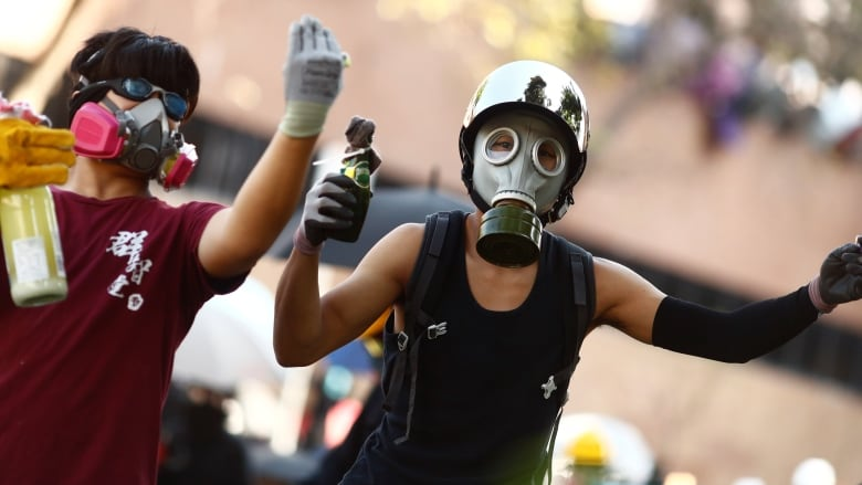 Hong Kong sees renewed clashes at besieged university campus