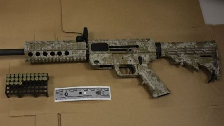 6 charged in Toronto after police seize semi-automatic rifle, ammunition