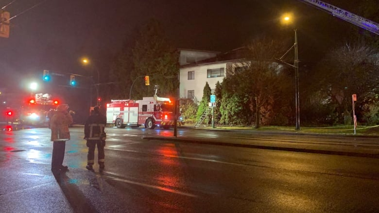 6 people rescued from fire in Vancouver apartment block