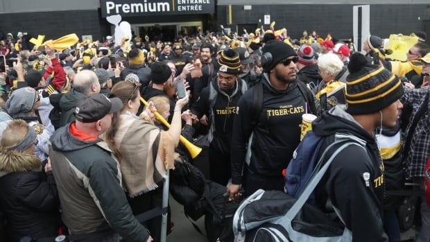 'They're a family': Fans give Ticats roaring Grey Cup send off