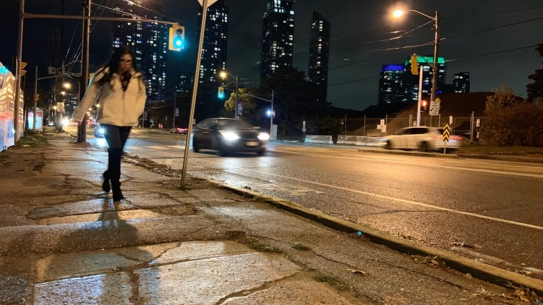 Residents calling on city, developers to be accountable for 'treacherous' sidewalk in Humber Bay
