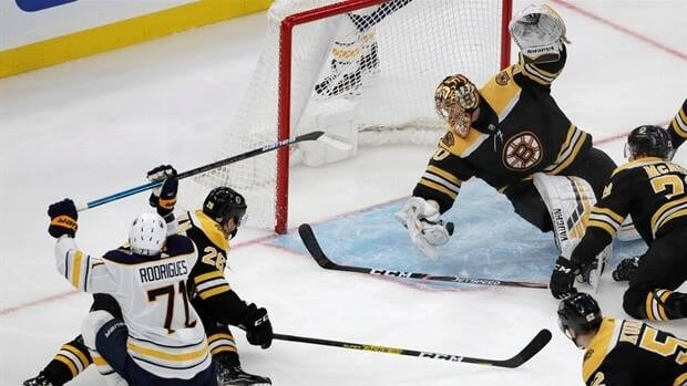 Rask makes incredible stop in Bruins win over Sabres