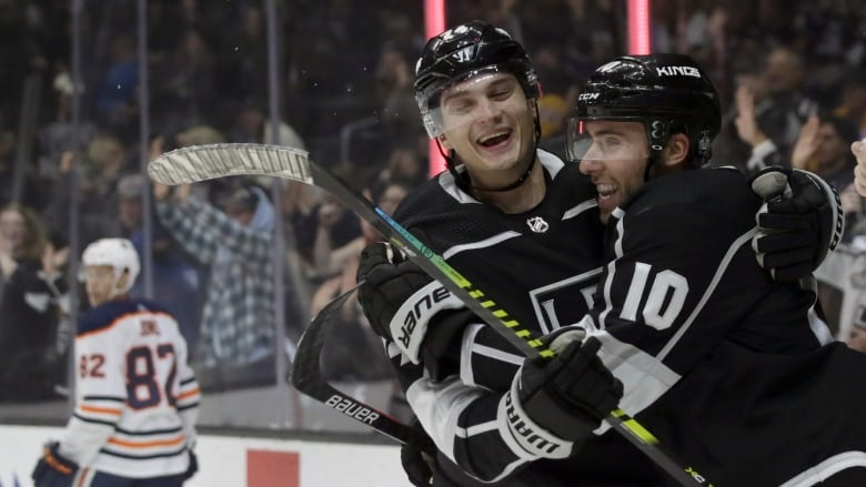 Carter, Toffoli lead charge as Kings jump on Oilers early for win