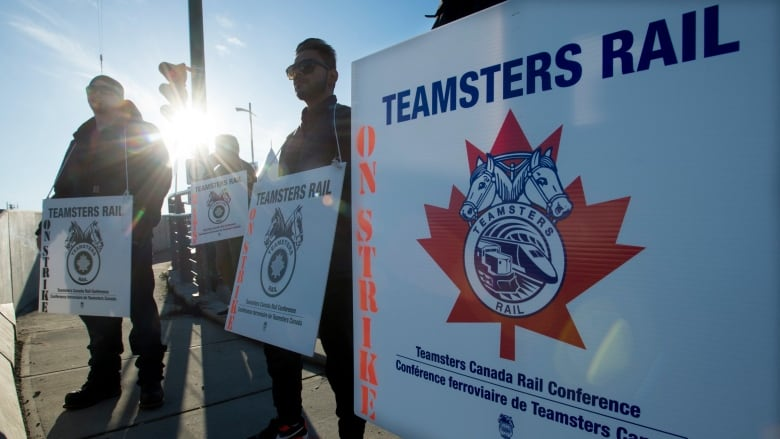Teamsters say propane shortage is being 'fabricated' by CN Rail in heated strike