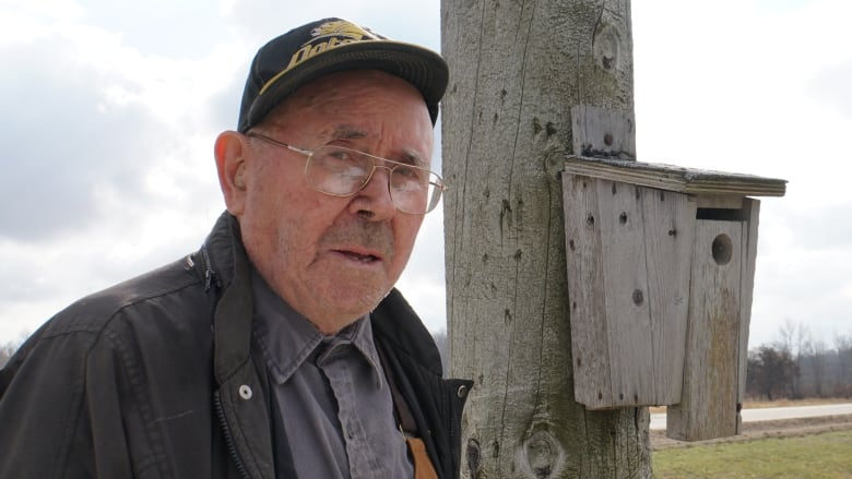 91-year-old spends retirement building 900 birdhouses — and counting
