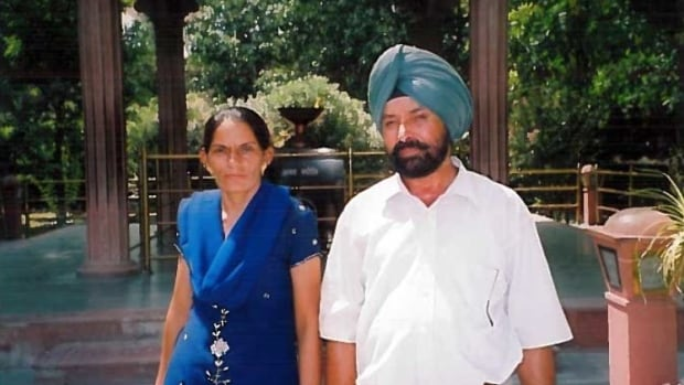 As pandemic tragedy grows in India, a long-married couple is desperate to reunite in Canada | CBC News
