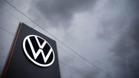 Volkswagen charged for allegedly violating Canadian emissions standards