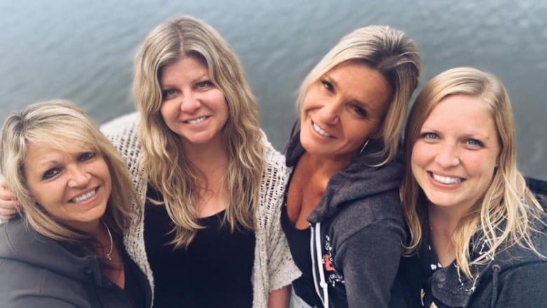 4 Ontario sisters meet for the first time thanks to Google, a little luck and a DNA test
