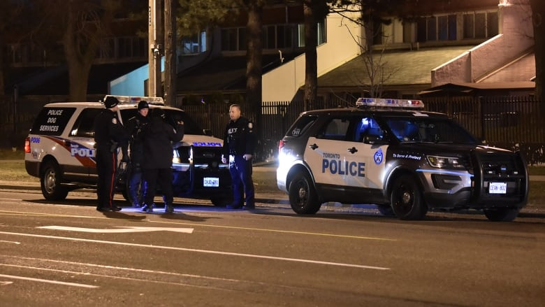 15-year-old boy wounded in North York drive-by shooting