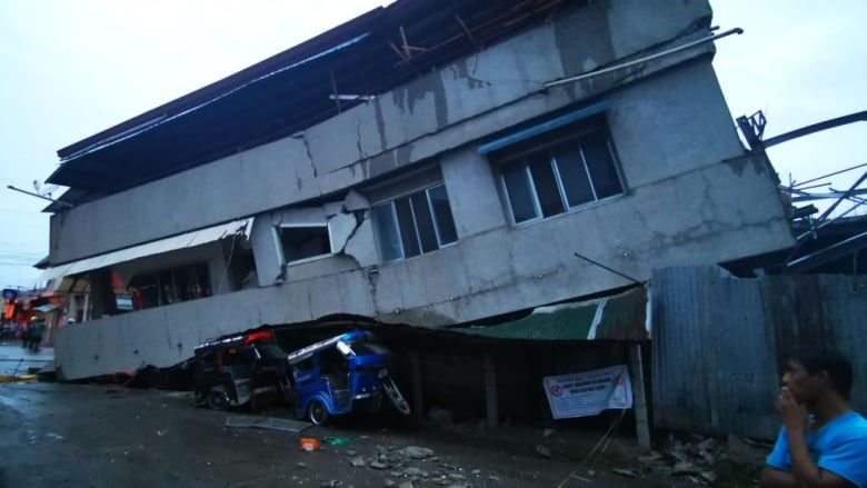 Strong quake in southern Philippines kills 1, injures several