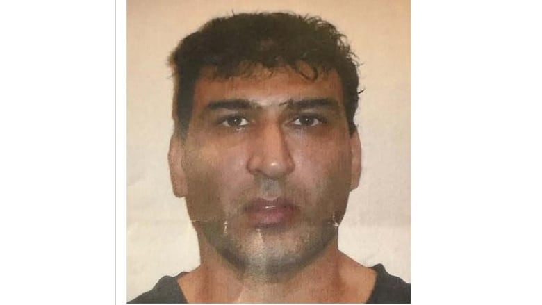 Coquitlam RCMP looking for man unlawfully at large from psychiatric hospital