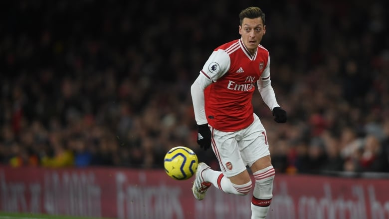 Chinese TV pulls Arsenal game coverage after Mesut Ozil's criticism
