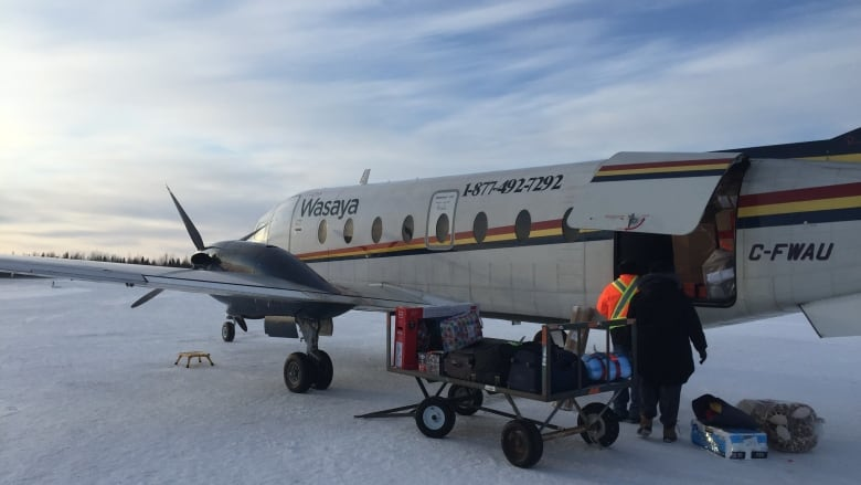 Fort Severn First Nation receives Sounds of the Season delivery