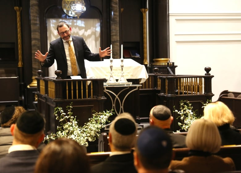 'A heavenly kiss': Candlesticks saved during Nazi invasion of Poland find home at Toronto synagogue