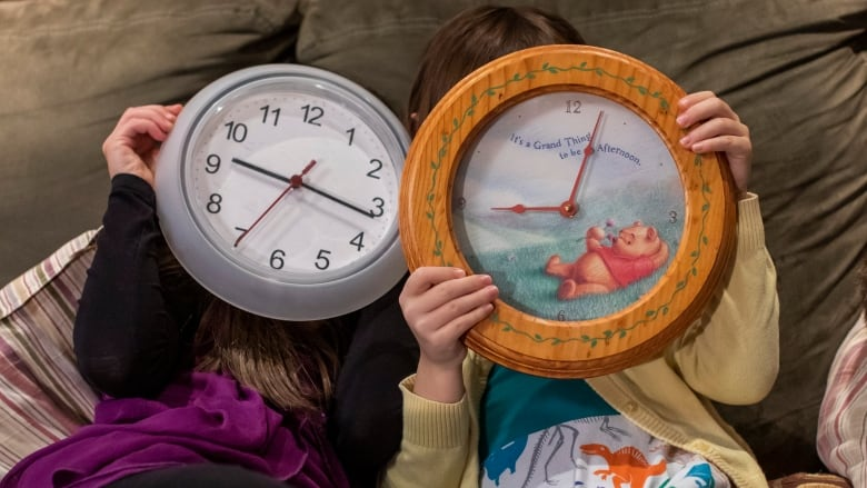 We ask kids, seniors and a philosopher: Does time really go faster as you age?