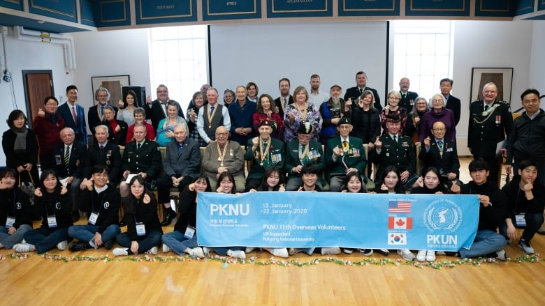 South Korean students travel to Vancouver to honour B.C. war veterans