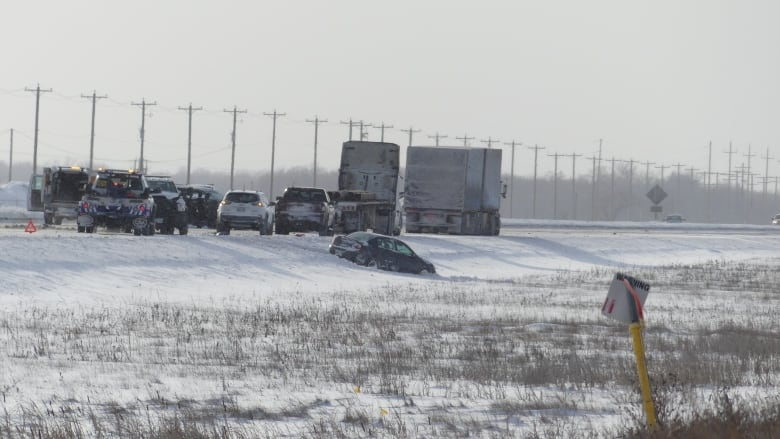 Multiple people taken to hospital due to 7-vehicle crash on Winnipeg's icy Perimeter Highway