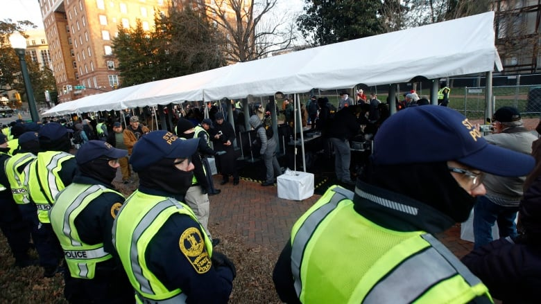 Virginia gun rights rally swells in numbers in response to Democratic measures